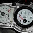 V-max に電圧計
